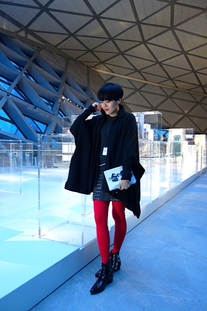 On Me: Vintage Black cape; Isabel Marant knit top; Style Talker studs skirt; Chanel sunglasses; Valentino studs belt; 雲裳stockings & Toga cow-boy boots.