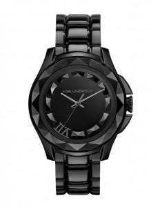 7是Karl爺的幸運數字,所以手錶的7點方位亦加入了細節的設計。