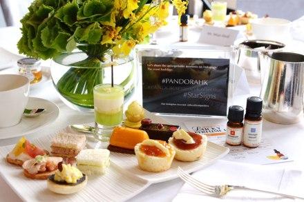 品牌預備了精美的tea set,讓賓客邊食邊聽我講解襯衫技巧。